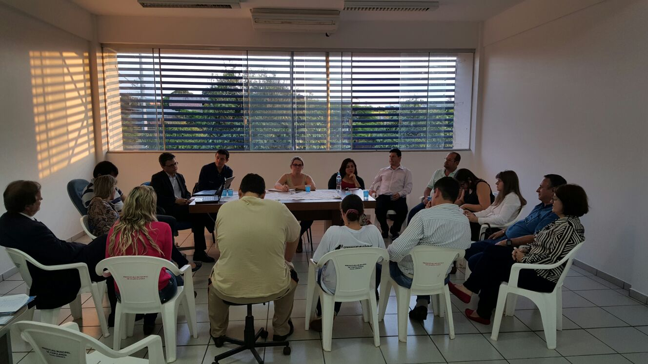 Fesmepar reúne-se com o Sisepi em discussão sobre o impacto financeiro municipal