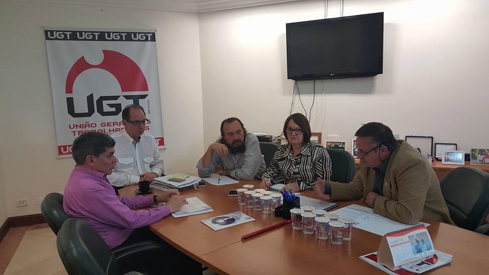Fesmepar e UGT discutem diretrizes administrativas para 2016