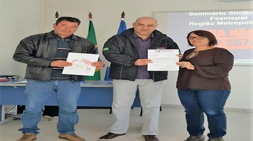 Secretaria do Servidor Público da UGT-Paraná entrega projeto de seminário a presidência da UGT estadual