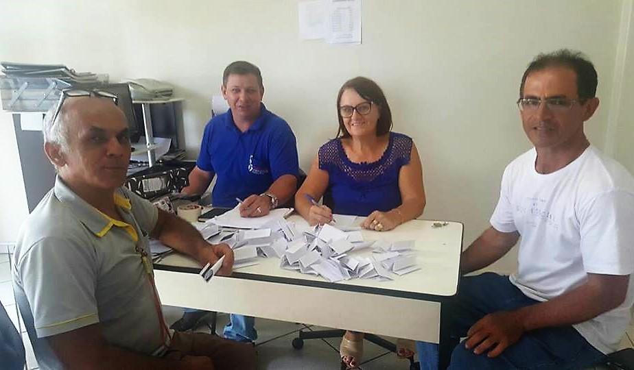 Servidores municipais elegem nova diretoria do Sind Terra Roxa