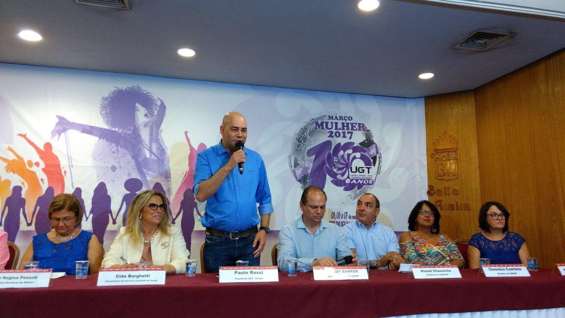 """Fesmepar participa do Seminário """"10 anos da UGT e a luta das mulheres por uma sociedade mais justa e igualitária"""", em Foz do Iguaçu"""