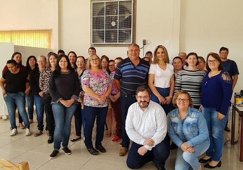 NOVA PRATA DO IGUAÇU: Fesmepar realiza Seminário sobre Periculosidade e Insalubridade para servidores municipais do Sudoeste do Paraná
