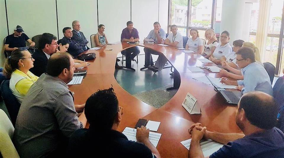 São Miguel do Iguaçu –  Em reunião com a Administração Municipal, Sinsmi e Fesmepar discutem tabela salarial dos professores