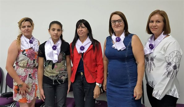"Fesmepar marca presença no Encontro ""Mulheres firmes na luta!"""
