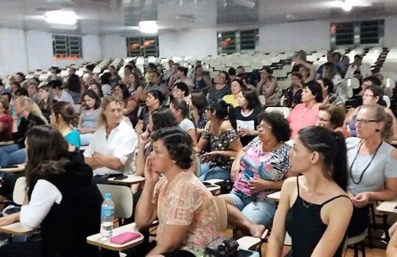 QUEDAS DO IGUAÇU – GREVE DOS PROFESSORES MUNICIPAIS PODE TERMINAR NESTA QUARTA-FEIRA (2)
