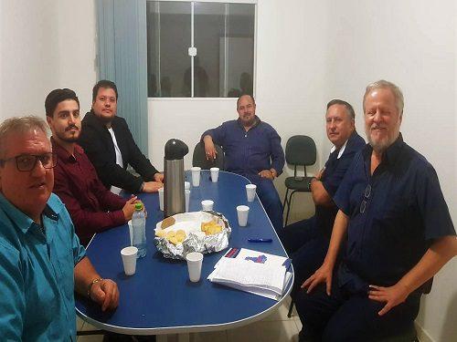 Teixeira Soares: Fesmepar faz visita administrativa e jurídica ao Sintex