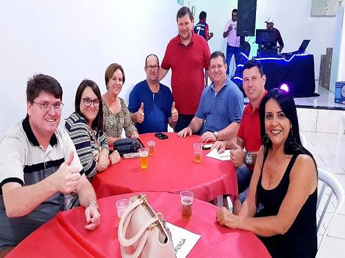 """Assis Chateaubriand: SINDIASSIS realiza jantar com """"Show de Prêmios"""" em comemoração ao Dia do Servidor Público"""