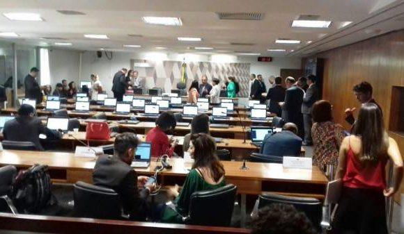 PL da data-base dos servidores públicos na pauta da CCJ do Senado