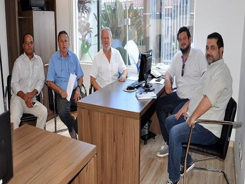 Fesmepar faz reunião administrativa e jurídica com presidentes dos sindicatos de servidores de Paraíso do Norte e Campo Largo