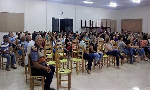 NOVA PRATA DO IGUAÇU: Mais de 150 servidores participam de cursos de capacitação oferecidos pelo Sindprata