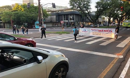 FOZ DO IGUAÇU: Sinprefi marca presença em ato contra a Reforma da Previdência
