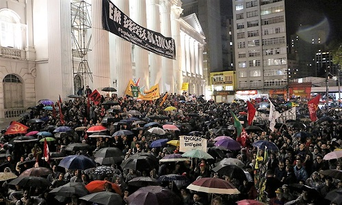 30 de maio: Em todo o país, manifestantes fazem ato contra os cortes da educação