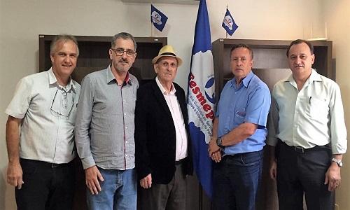 Presidente da Fesmepar recebe visita da diretoria da Fetramesc