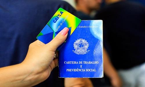 Reforma da Previdência acaba com abono salarial para trabalhadores paranaenses