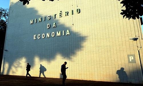 Governo prepara novas reformas sindical e trabalhista