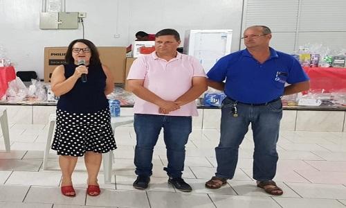 Assis Chateaubriand: Fesmepar participa de comemoração ao Dia do Servidor realizada pelo SINDASSIS