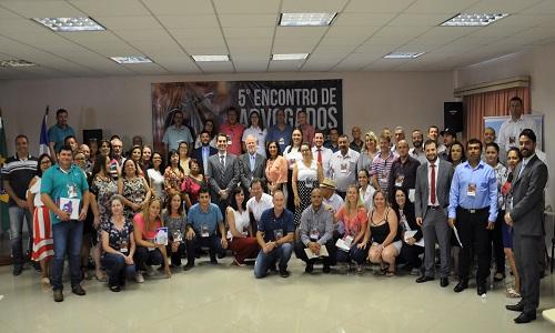 """Fesmepar recebe advogados e líderes sindicais de mais de 50 municípios paranaenses no """"5º Encontro de Advogados de Entidades Sindicais do Setor Público"""""""