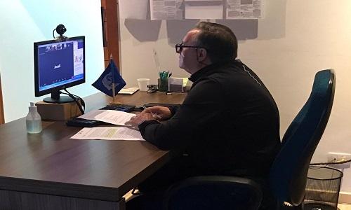 Fesmepar debate Lei que congela salários dos servidores em videoconferência com diretores e líderes sindicais