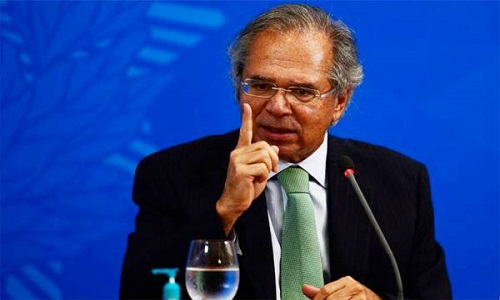 Reforma tributária de Guedes vai cobrar ainda menos impostos dos mais ricos, diz economista