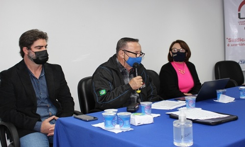 Presidente da Fesmepar ministra palestra sobre a PEC32 em reunião da UGT-PARANÁ